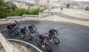 Arranca en la Catedral una Vuelta a Burgos por todo lo alto