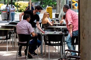 La contratación en hostelería creció un 112% este verano