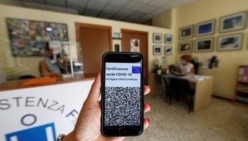 Italia implantará la obligatoriedad del 'green pass'