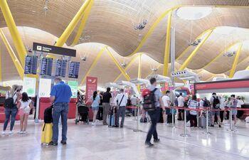 Los pasajeros podrán ir acompañados a los aeropuertos