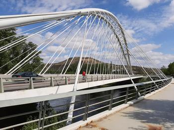 Comienza la reparación de desperfectos en el puente Sagasta