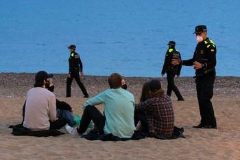 Desalojan a 7.180 personas en aglomeraciones en Barcelona