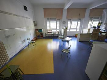 Confinados 33 estudiantes de dos aulas en Navarra