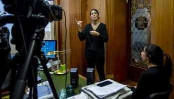 La UBU oferta un curso de lengua de signos junto a Aransbur