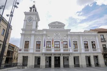 La fachada del Ayuntamiento se iluminará con tecnología led