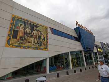 Comienza la instalación del mural cerámico en 'Pedro Durán'