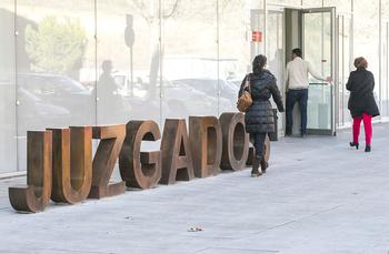 El número de adultos condenados disminuye en 177 en Cuenca