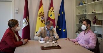 El Ayuntamiento mantiene líneas de colaboración con la ONCE