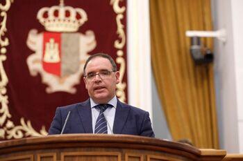 Prieto acusa al PSOE de anunciar autovías sólo en campaña