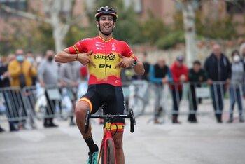 Felipe Orts vence en el ciclocross de Medina de Pomar