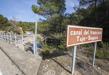 Murcia recurre el trasvase de octubre por no llegar a 20 Hm3