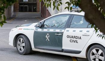 Tres detenidos tras una puñalada a un joven de 19 años