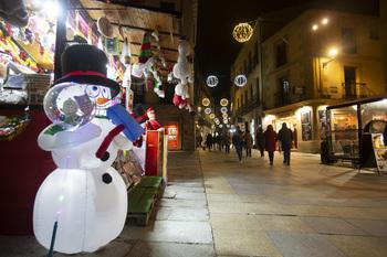 El Ayuntamiento impulsa una campaña de decoración en Navidad