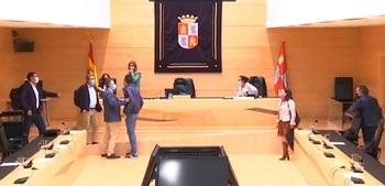 Igea pide mediación ante la tensión generada en las Cortes