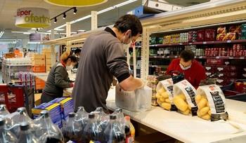 CCOO rechaza la apertura de comercios por San Ildefonso