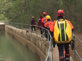 Rescatan a tres senderistas en Uña