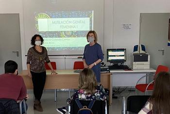 Imparten un seminario sobre mutilación genital femenina