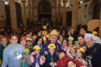 La Iglesia celebra la infancia misionera