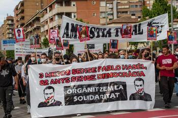 Unas 500 personas se manifiestan por Hásel en Lleida