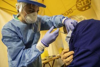 Salud habilitará un punto de vacunación sin cita previa