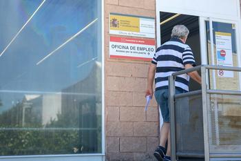 El paro español registra en julio 197.841 desempleados menos