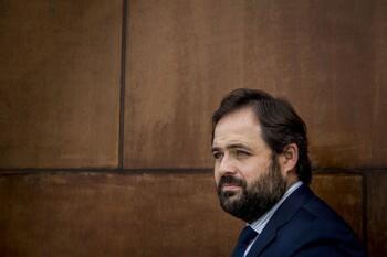 El «Gobierno en la sombra» del PP: los 100 fichajes de Núñez