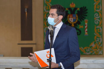 Cs exige a la Diputación el examen de oposición de bomberos