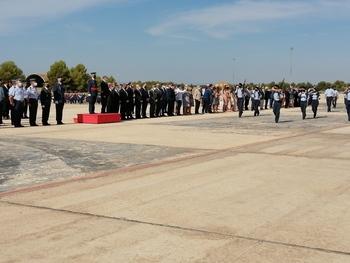 Relevo de mando al frente de la Base Aérea y el Ala 14