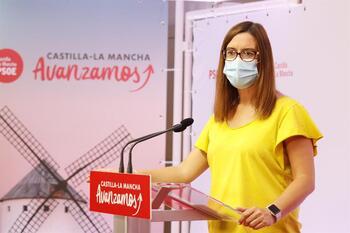 El PSOE asegura «que sobran» plazas geriátricas