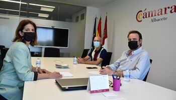 Ayuntamiento y Cámara de Comercio estrechan su colaboración