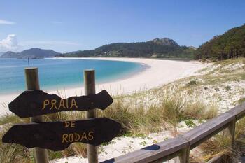 Las islas más espectaculares y no tan conocidas de España