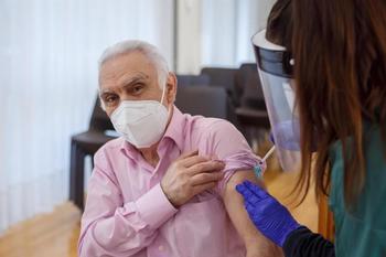 'Patxo Guerrero', el primer inmunizado de covid en Navarra