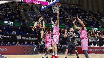 Huertas y Shermadini devuelven el golpe al Barça
