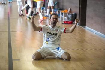 David Serrano alarga su leyenda en el Albacete FS