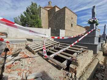 Rescatan a una mujer en Almenar que había caído en una tumba
