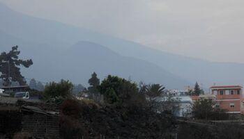 La actividad del volcán se detiene y desaparece el humo