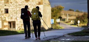 'No caminas sola'