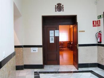 Entrada a la sala de la Audiencia Provincial de Valladolid.