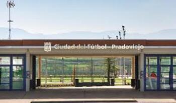 Pradoviejo gana un nuevo espacio polideportivo