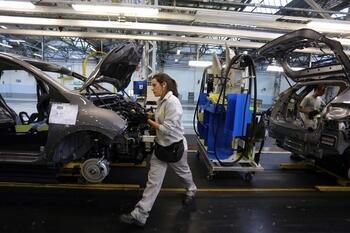 Renault alcanza una cifra de negocio de 9.000 millones