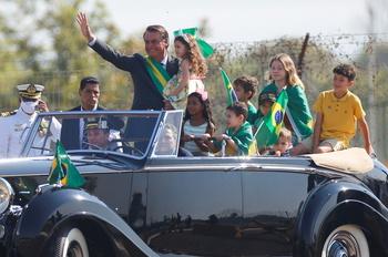 Bolsonaro amenaza al Supremo