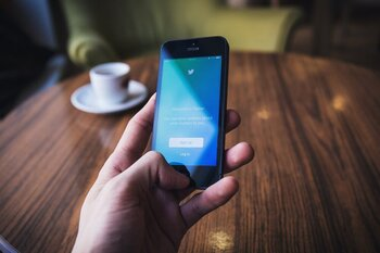 Twitter lanza los Super Follows