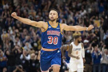45 puntos de Curry 'mandan a la lona' a los Clippers