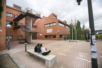 El campus 'exportará' 53 de sus alumnos a otra universidad