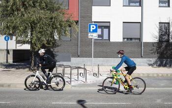 Nuevos puntos para estacionar bicis y patinetes