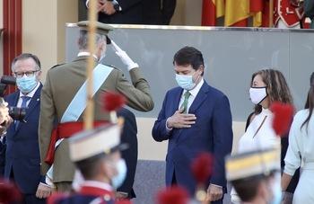 Mañueco representa a Castilla y León en el desfile de Madrid