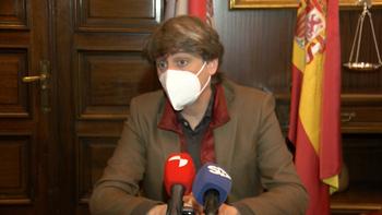 Martínez acusa a Mañueco de tomar decisiones