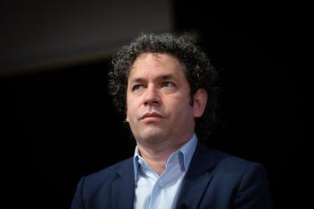 Gustavo Dudamel, elegido nuevo director de la Ópera de París