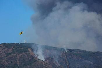 La región envía 4 aviones anfibios al incendio de Málaga