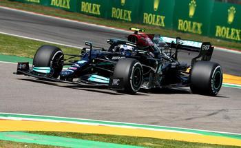Bottas y Hamilton se mantienen inalcanzables